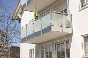 Mehrfamilienhaus in Traustein